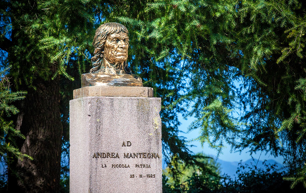 Monumento-ad-Andrea-Mantegna-foto-di-Daniel-Rossi